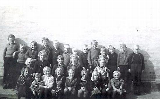 Klim Skole, f�rste og anden klasse, 1940
